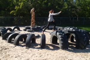 recycled_tire_playground_02