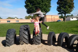 recycled_tire_playground_09