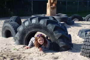 recycled_tire_playground_12