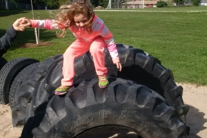 recycled_tire_playground_14